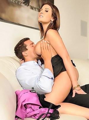 Free Mature Tit Sucking Porn Pictures